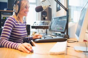 how-do-radio-djs-become-successful