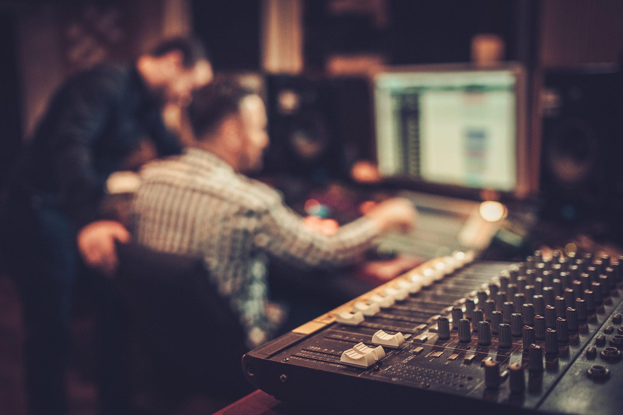 what-do-audio-tecnicians-do