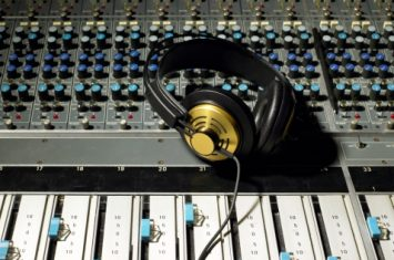 How to Get Your Song on the Radio with Be on Air - M&S Media Schools