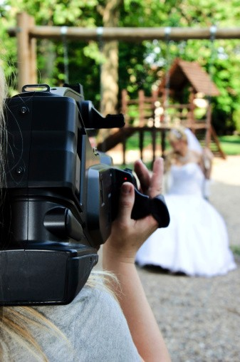 steps to filming a wedding