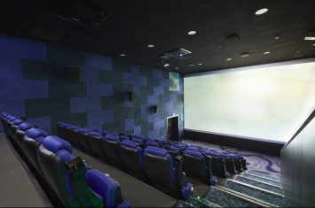 How to Be a Film Critic - BeOnAir.com