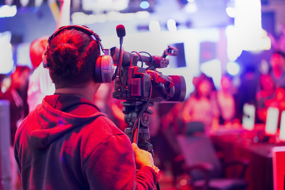 How to Become a Freelance Videographer 5 Tips to Get Started - Be On Air