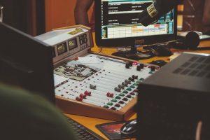 radio-board-operator