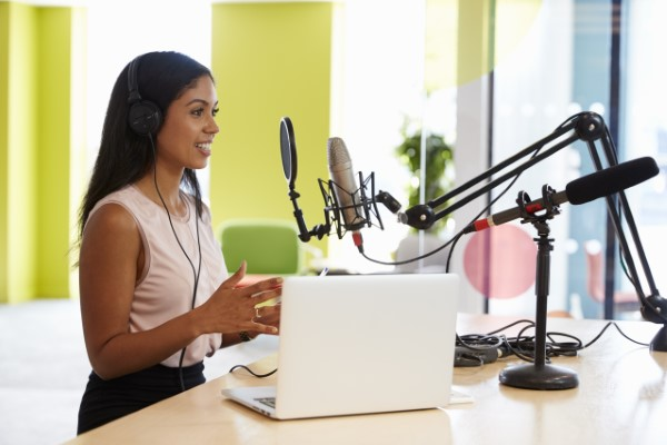 can-you-make-money-with-a-podcast