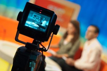 how-to-become-a-tv-reporter-or-news-anchor