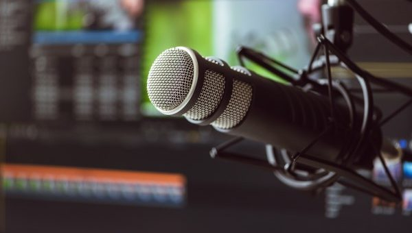 Podcast Recording Tip – Podcasting Like a Pro