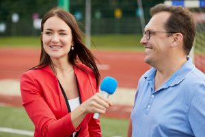 woman-interviewing-man