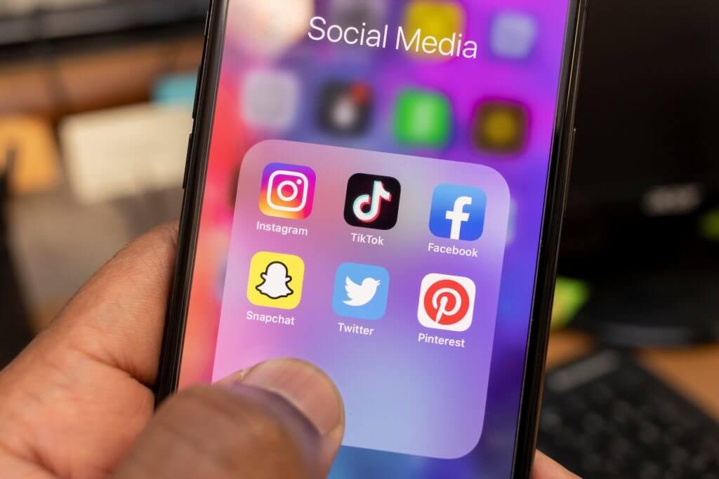 M&S Media presenting social media influencing options